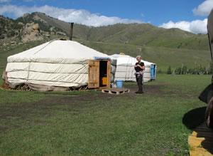 Rensina van den Heuvel camping in Mongolia